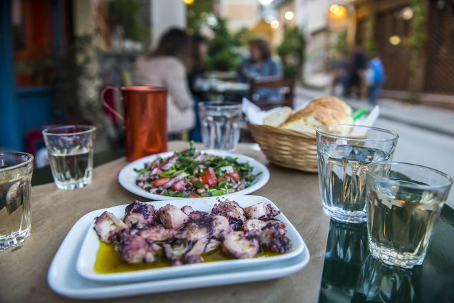 The Delicious Athens Food Tour gallery image 7