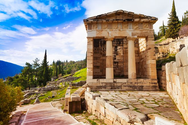 The Grand self-drive tour of Classical Greece gallery image 1