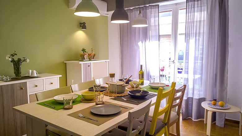 Home-Cooked Meal with Marina & Spiros gallery image 3