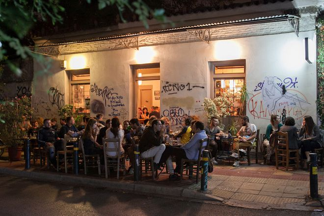 Athens Nightlife Tour gallery image 5