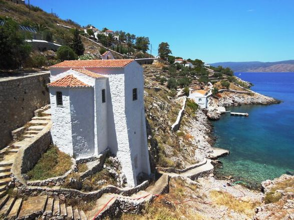 A Dazzling Day Trip to Hydra gallery image 2